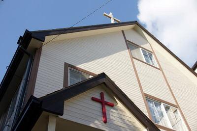 十字架をを見上げて